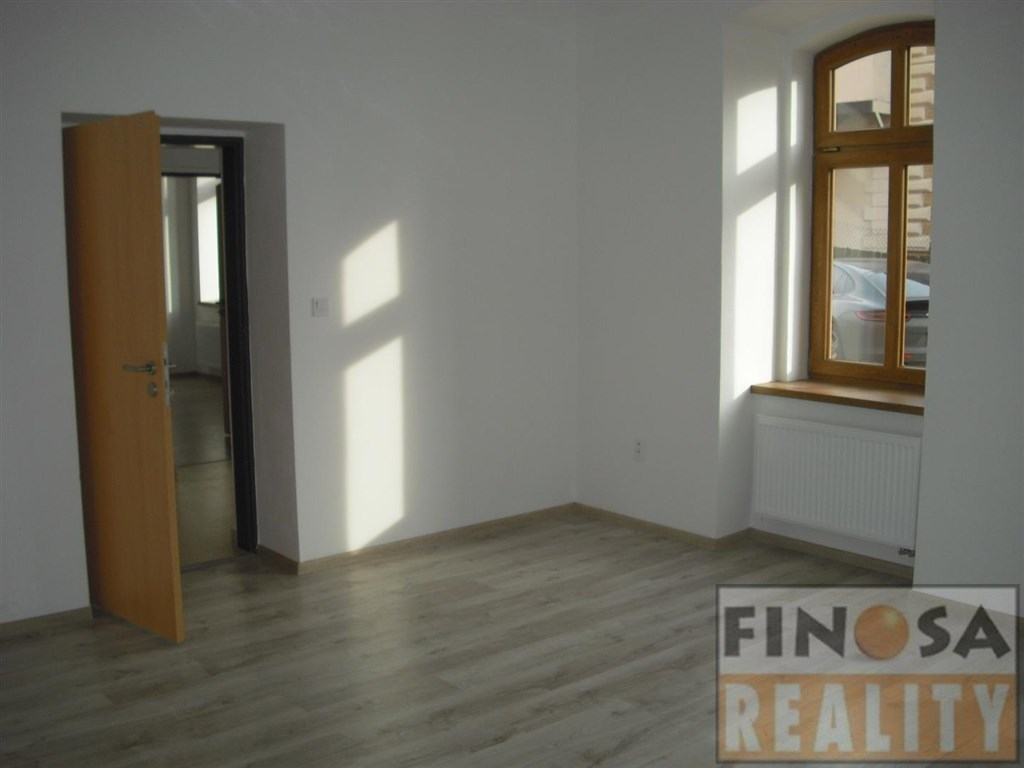 Nájem komerčních prostor ve vile Čelakovského v Chomutově