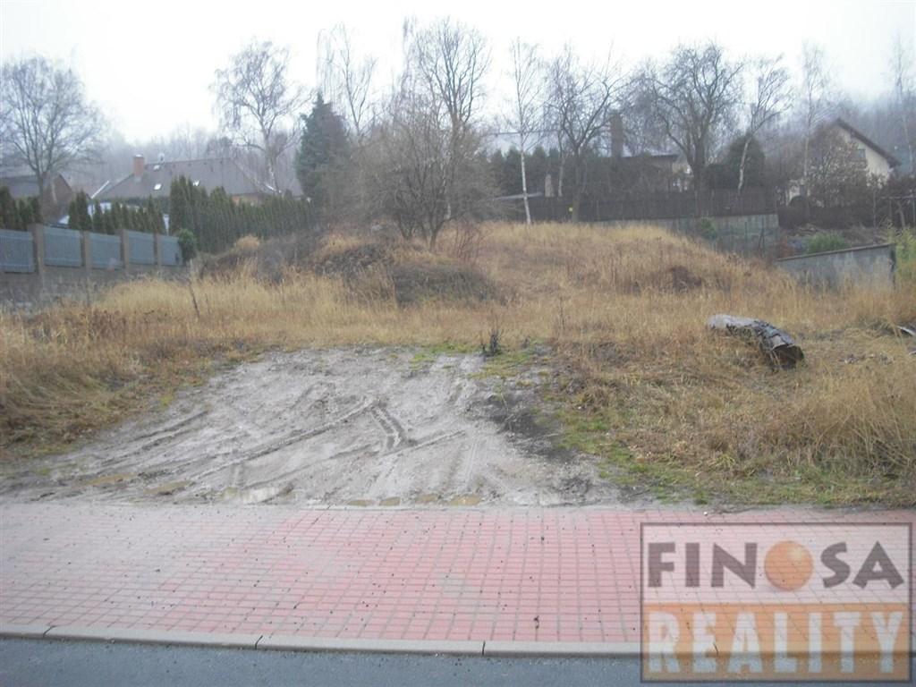 Na prodej hezký stavební pozemek v Březenci, obec Jirkov.