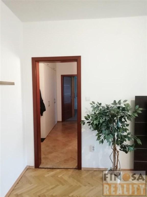Nájem pěkného bytu 2+1 v hezké lokalitě Chomutova