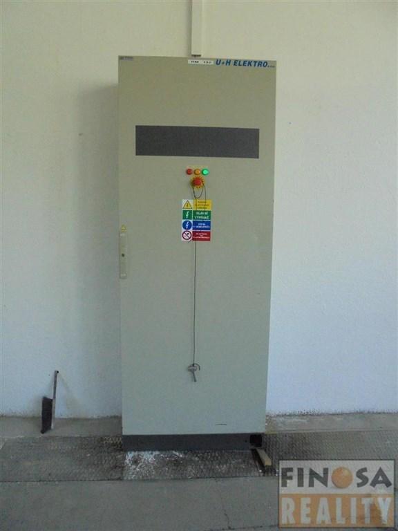 Nájem výrobních a skladovacích prostor