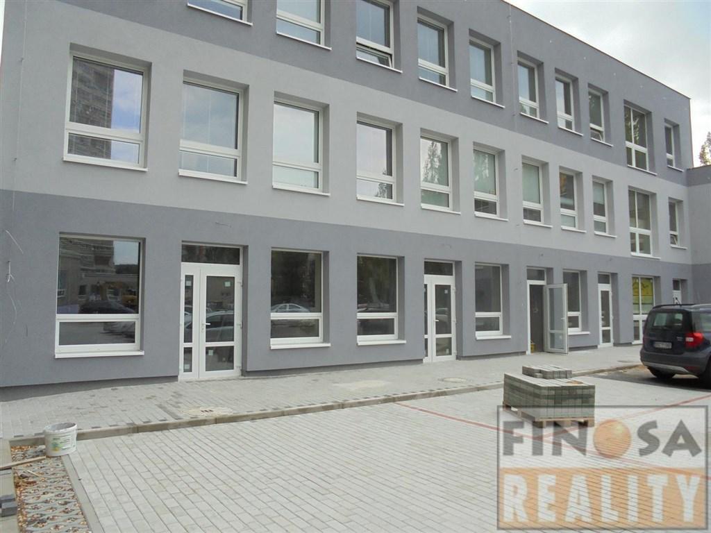 Nájem nových prodejen na sídlišti v Chomutově.