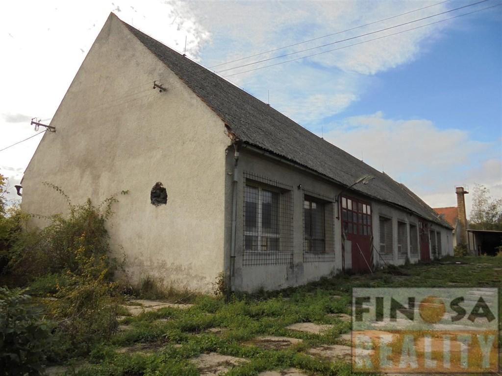 Nájem výrobních a skladových prostor v katastrálním území Háj u Vintířova, obec Radonice.