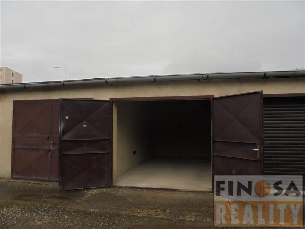 Nájem řadové garáže v Chomutově.