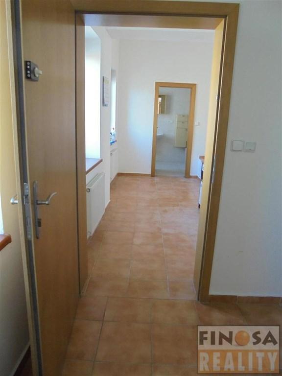 Nájem hezkého bytu 2+kk v centru Chomutova