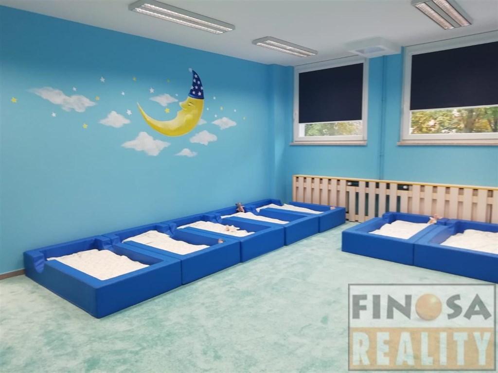 Nabízíme Vám nájem vybavených nebytových prostor resp. přenechání kompletně a prvotřídně připraveného projektu – SOUKROMÁ MŠ a jiné předškolní zařízení.