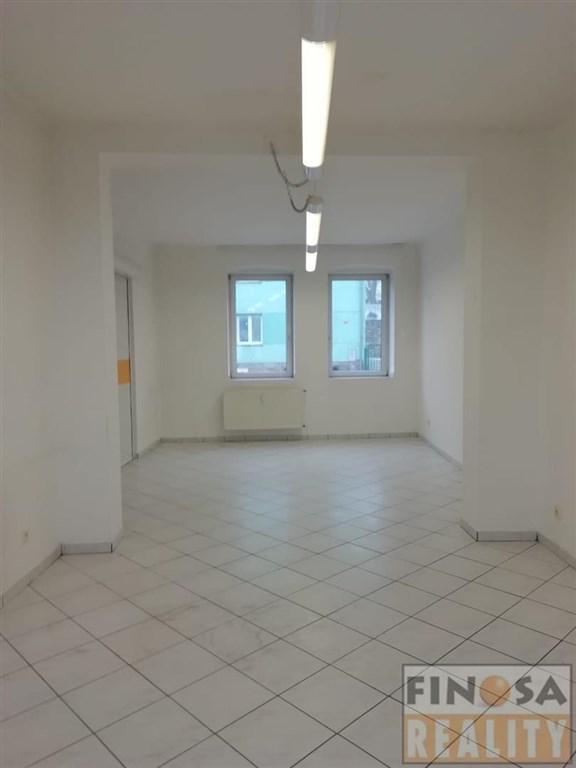 Nájem přízemního nebytového prostoru v Děčíně.