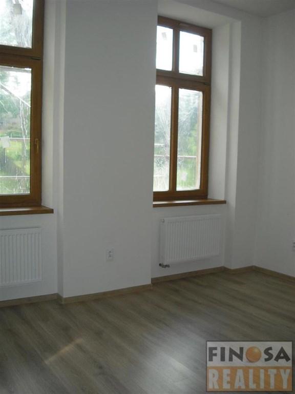 """Nájem nového nadstandardního bytu ve vile """"Čelakovského"""" v Chomutově"""