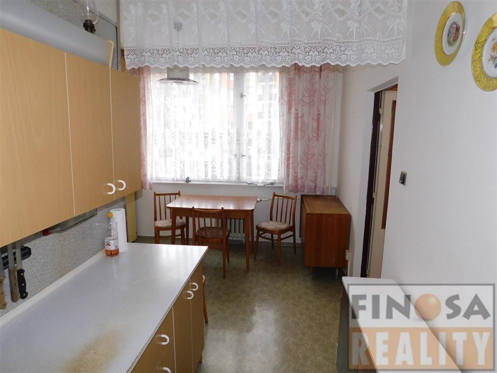 Prodej bytu 3+1 s lodžií v Ústí nad Labem, Krásném Březně.