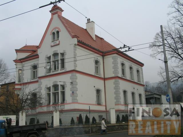 Dům s byty a nebytovými prostory v Ústí nad Labem,