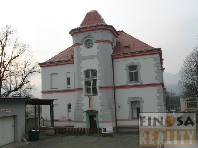 Dům s byty a nebytovými prostory v Ústí nad Labem, Krásné Březno
