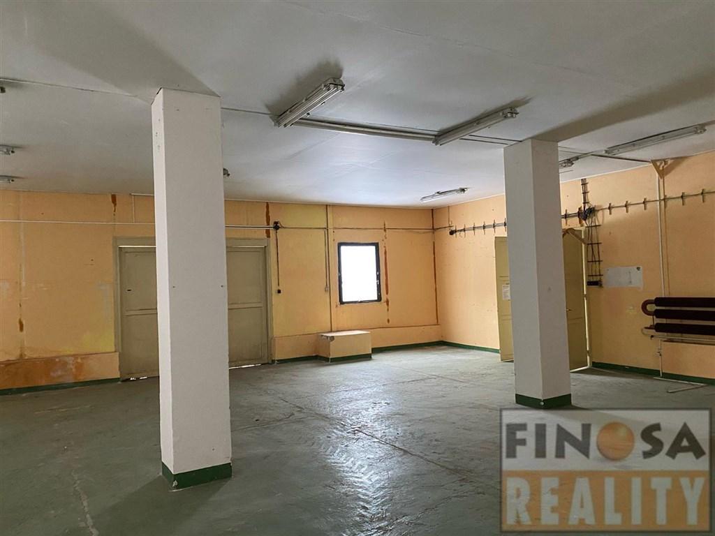 Areál – kanceláře, dílny a sklady s pozemky v Ústí nad Labem – Předlice, ul. Hrbovická