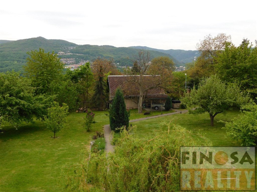 Rodinný dům v Ústí nad Labem – Dobětice, ulice Rabasova