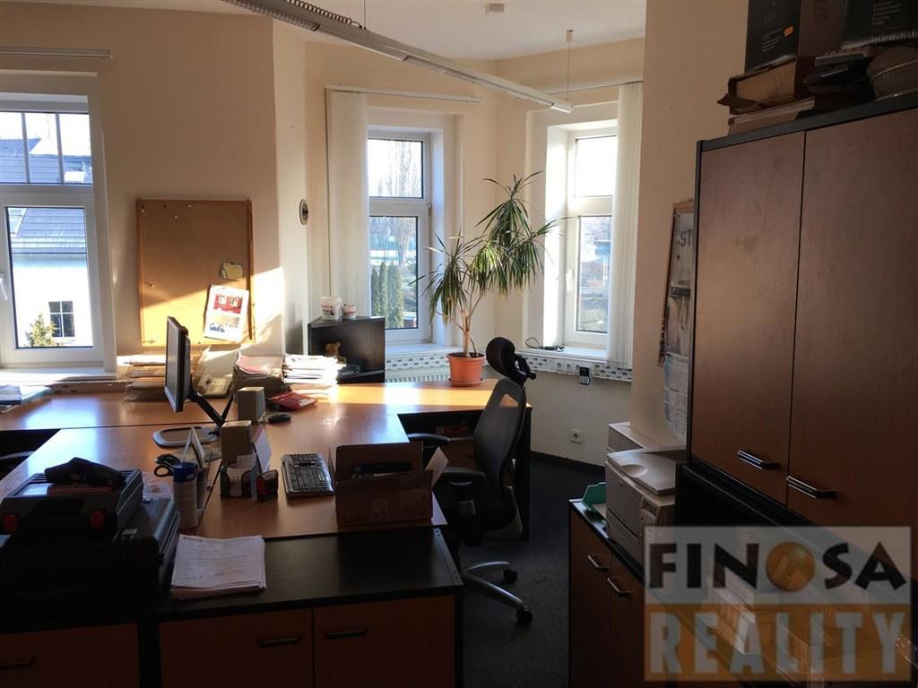 Kancelářské prostory ve vile v Ústí nad Labem-Bukov