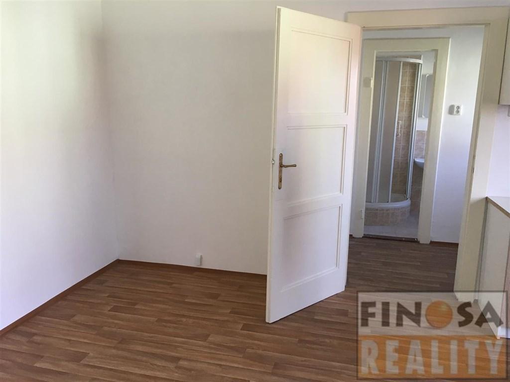 Pronájem částečně zařízeného bytu 1+1 v Ústí nad Labem-Klíše, ulice Ostrčilova